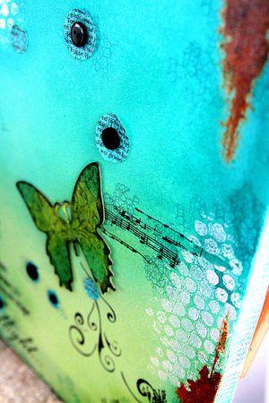 In flight.detail1